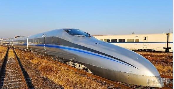 """更高速度实验列车在南车四方落成 车尾似""""火箭"""""""