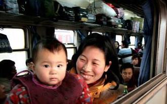 杭州火车站增开列车62趟