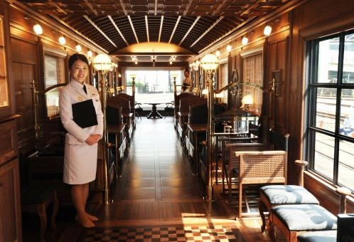 日本豪华卧铺列车 七星in九州 首次亮相 海外动态 世界轨道交通资讯网 世界轨道行业排名领先的艾莱资讯旗下的