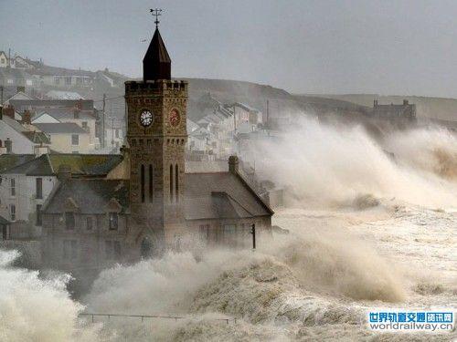 数个城市被洪水淹没