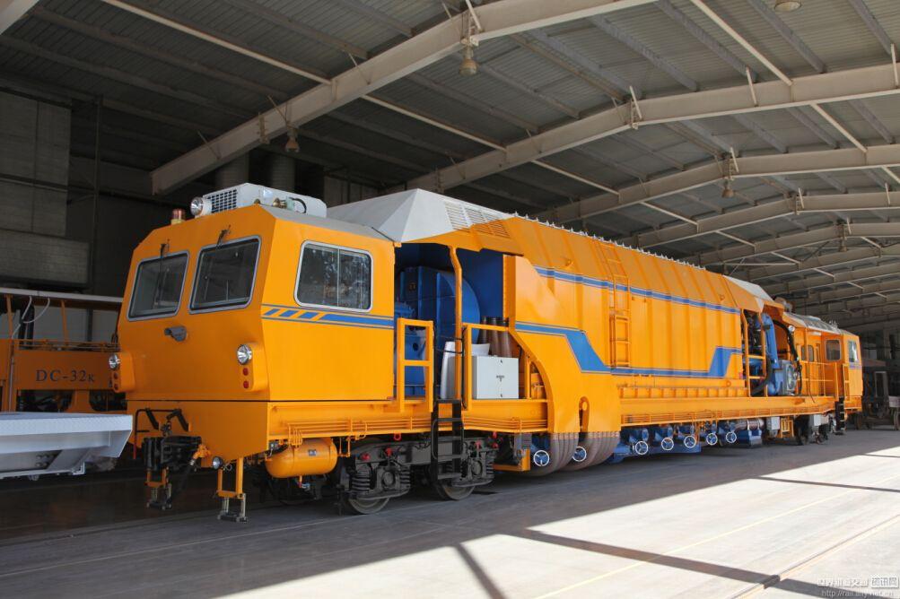 TXC-65铁路道床吸污车