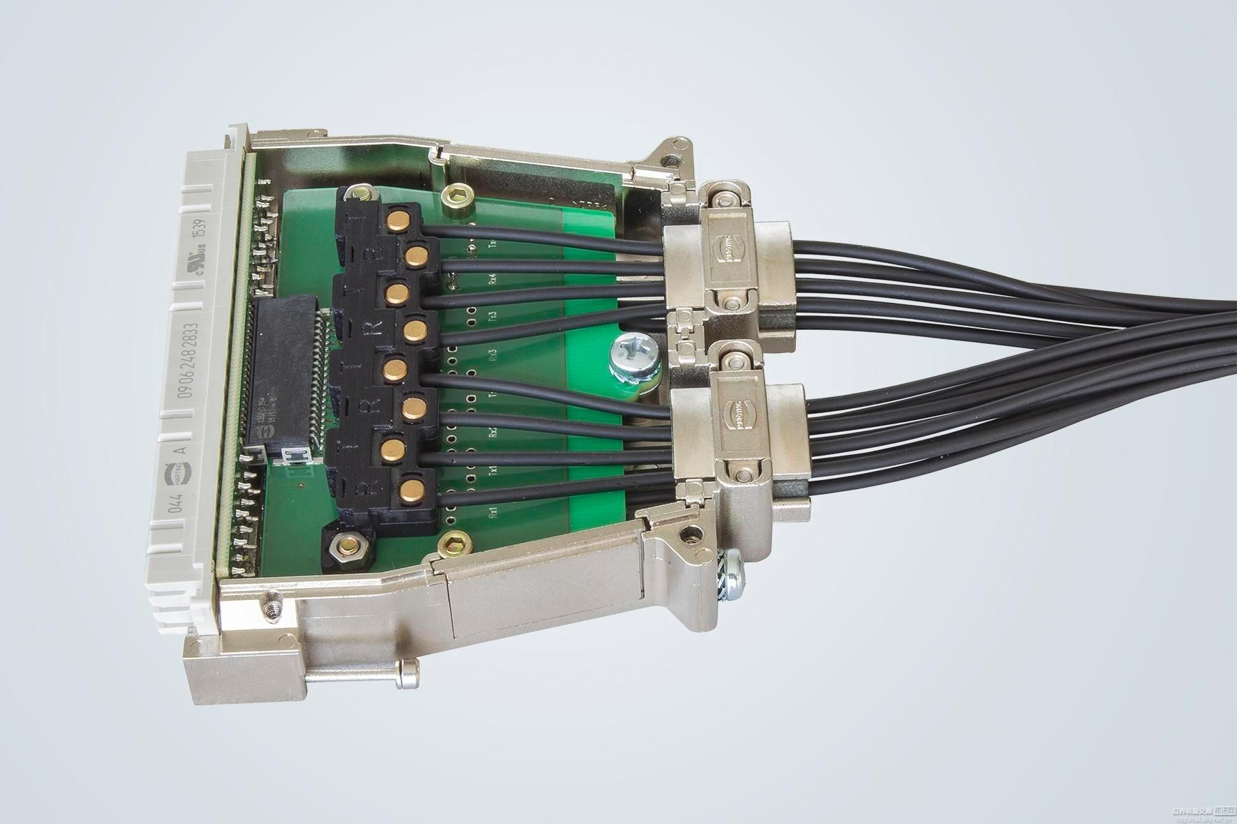 三项电路实物图连接