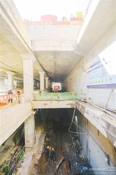 全国最长地铁重叠隧道贯通 轨道交通科研攻关获重大突破
