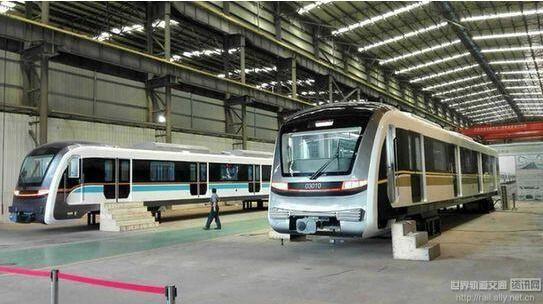 轨道环线和5号线新型列车亮相 5月下旬运抵重庆