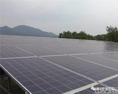 淅川县18座地面光伏扶贫电站并网投运
