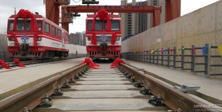 青岛地铁13号线实现轨通2018年全线通车