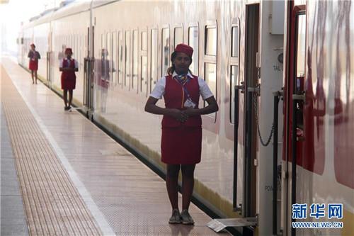 中国造亚吉铁路促地区互联互通