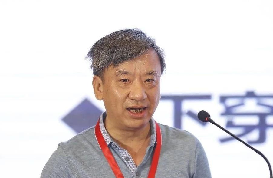 上海市轨道交通11号线工程关键技术