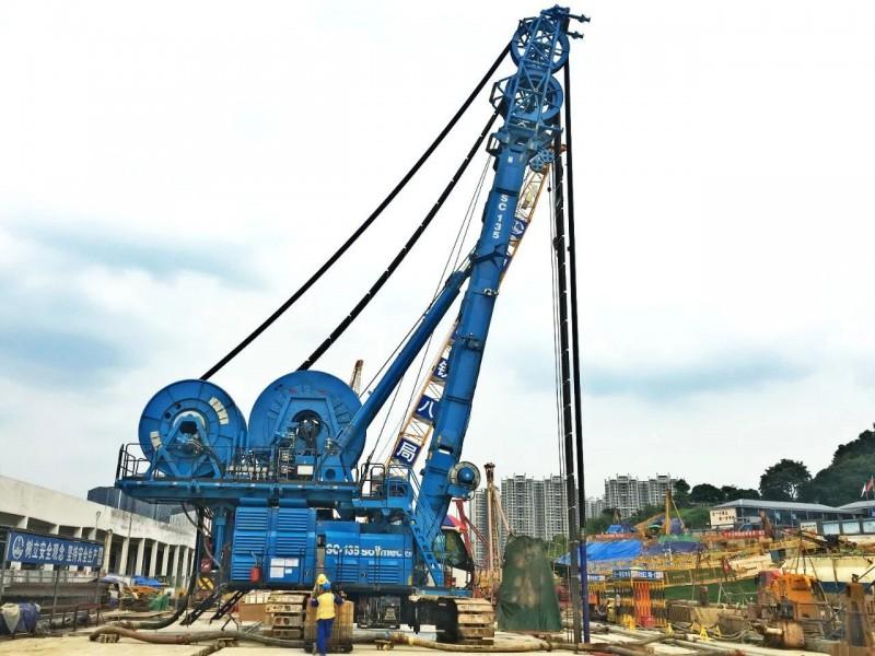 广州地铁7号线二期大学城南至深井区间的中间风井、水西至水西北明挖段均实现主体结构顺利封顶