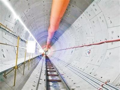 郑州地铁6号线东北段首个区间顺利贯通